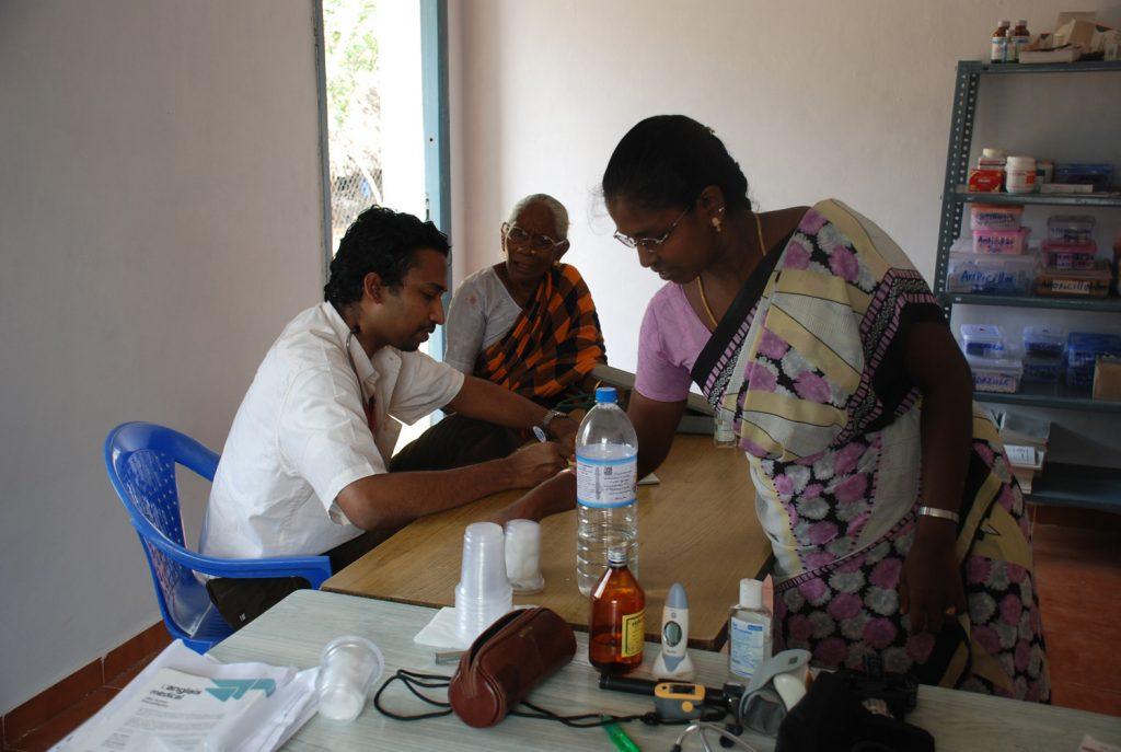 2013 Mevalur Dr Robin en consultation